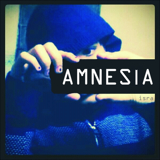 Amnesia picture dark blue hidden face nails painted boy